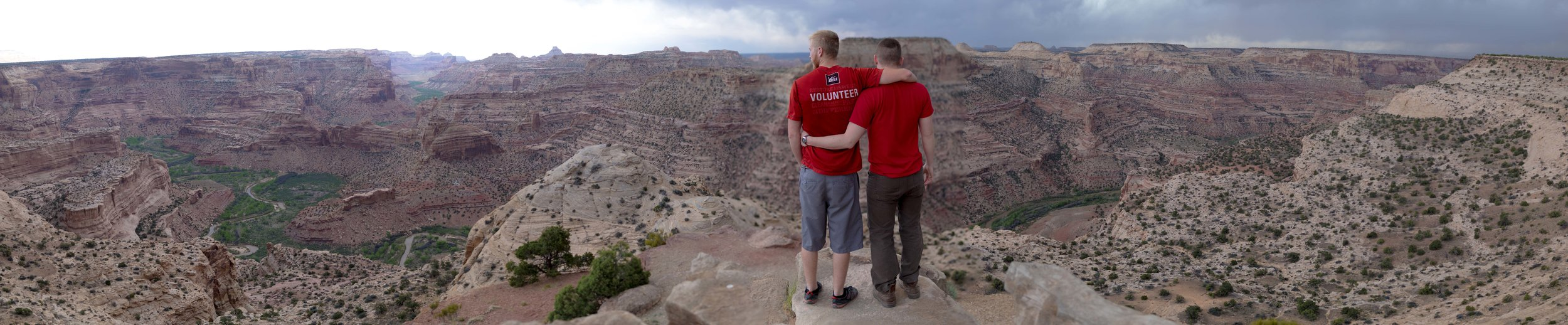The Wedge Overlook is an impressive feat of erosion that you can reach with your campervan rental from Wandervans in Salt Lake.