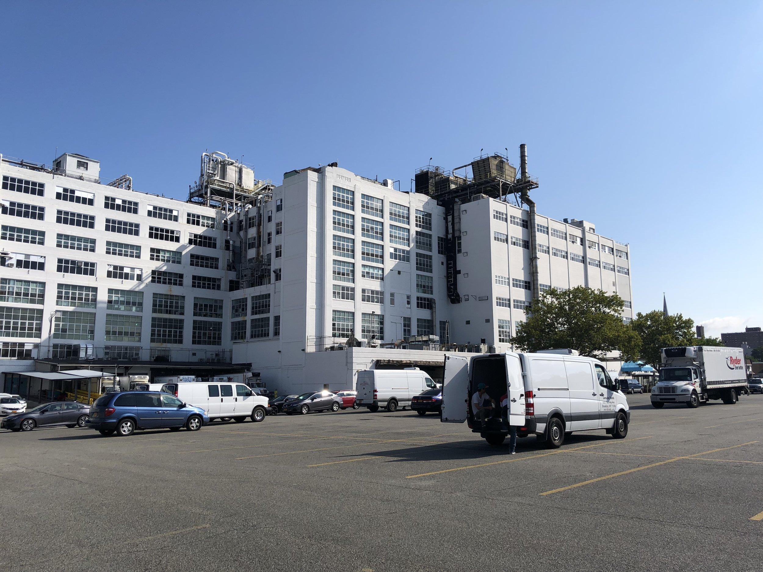 Im ehemaligen Sitz des Pharmarriesen Pfizer arbeiten in Brooklyn, New York inzwischen über 200 junge Foodstartups an der Zukunft.