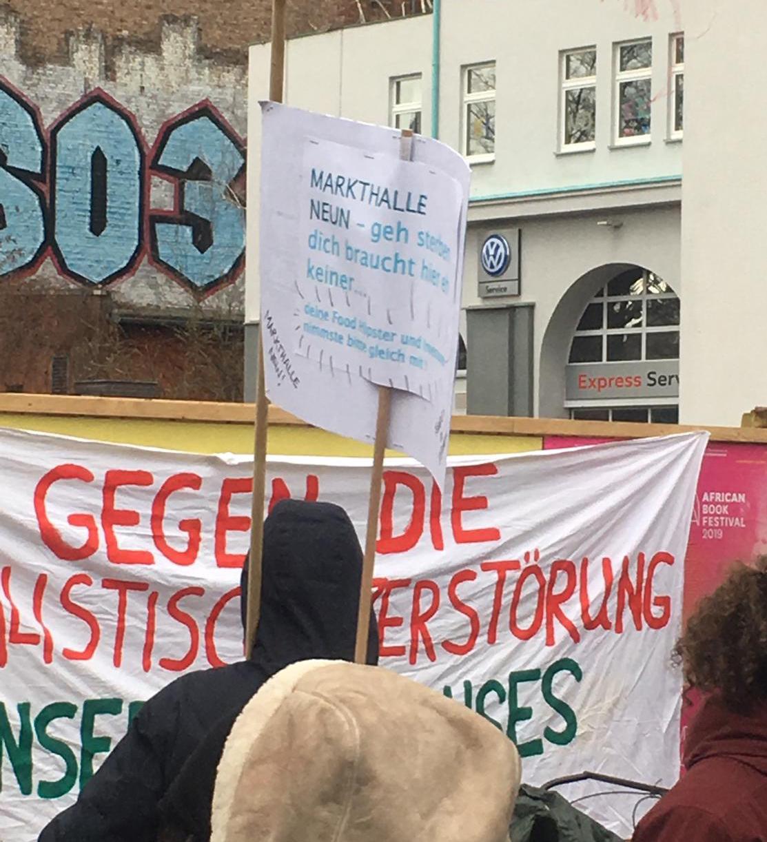 """Geh sterben"" - Demonstranten raten mir als ""Food-Hipster"" zum Selbstmord"
