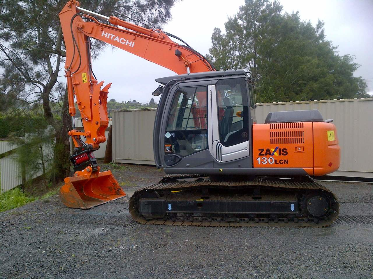 Hitachi ZX130LCN-3 fitted with Wedgelock Powerclamp, I-Lock tilt coupler, wide bucket, FOPS & OPS guards