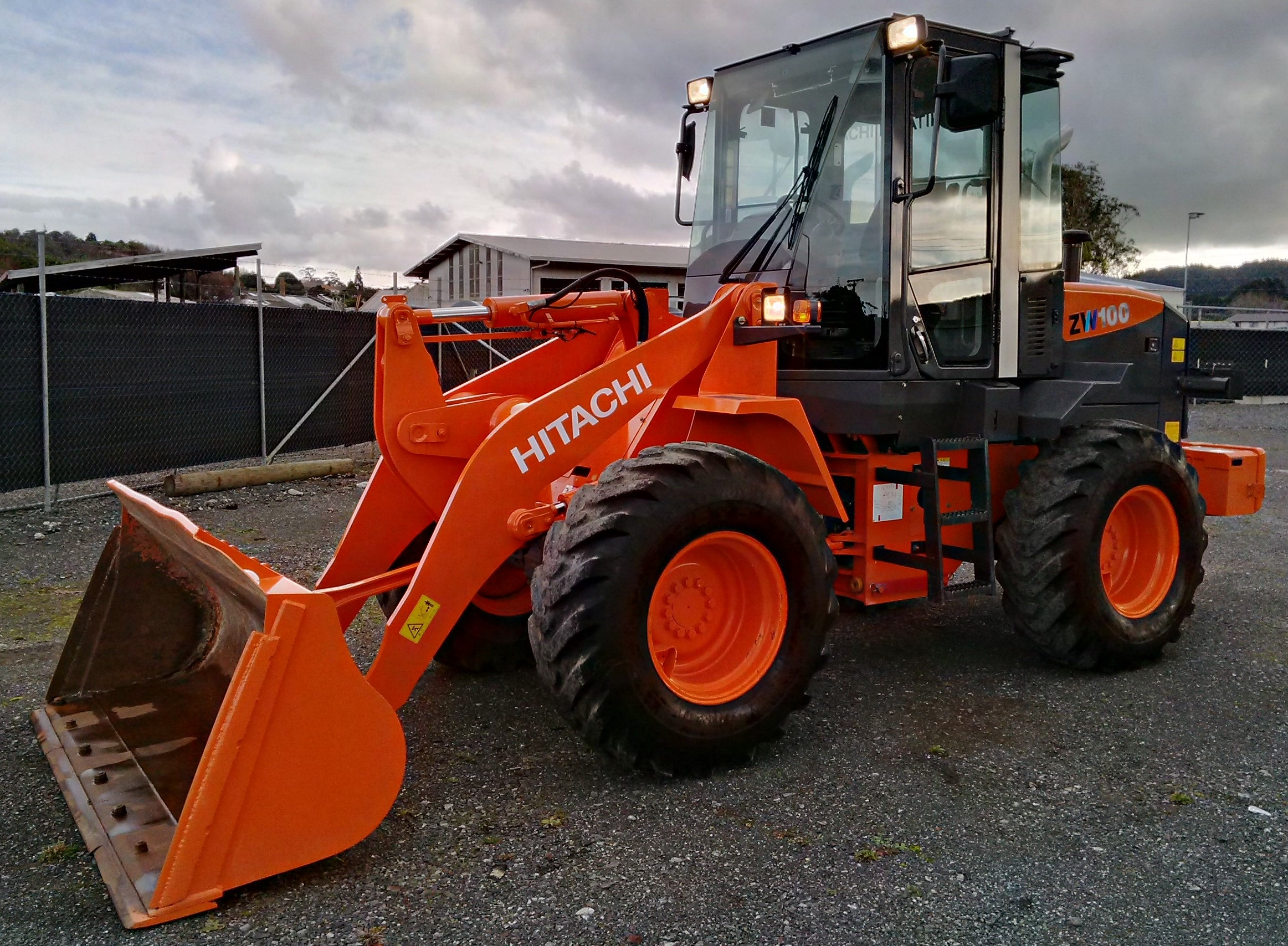 Hitachi ZW100 with 1.3m bucket