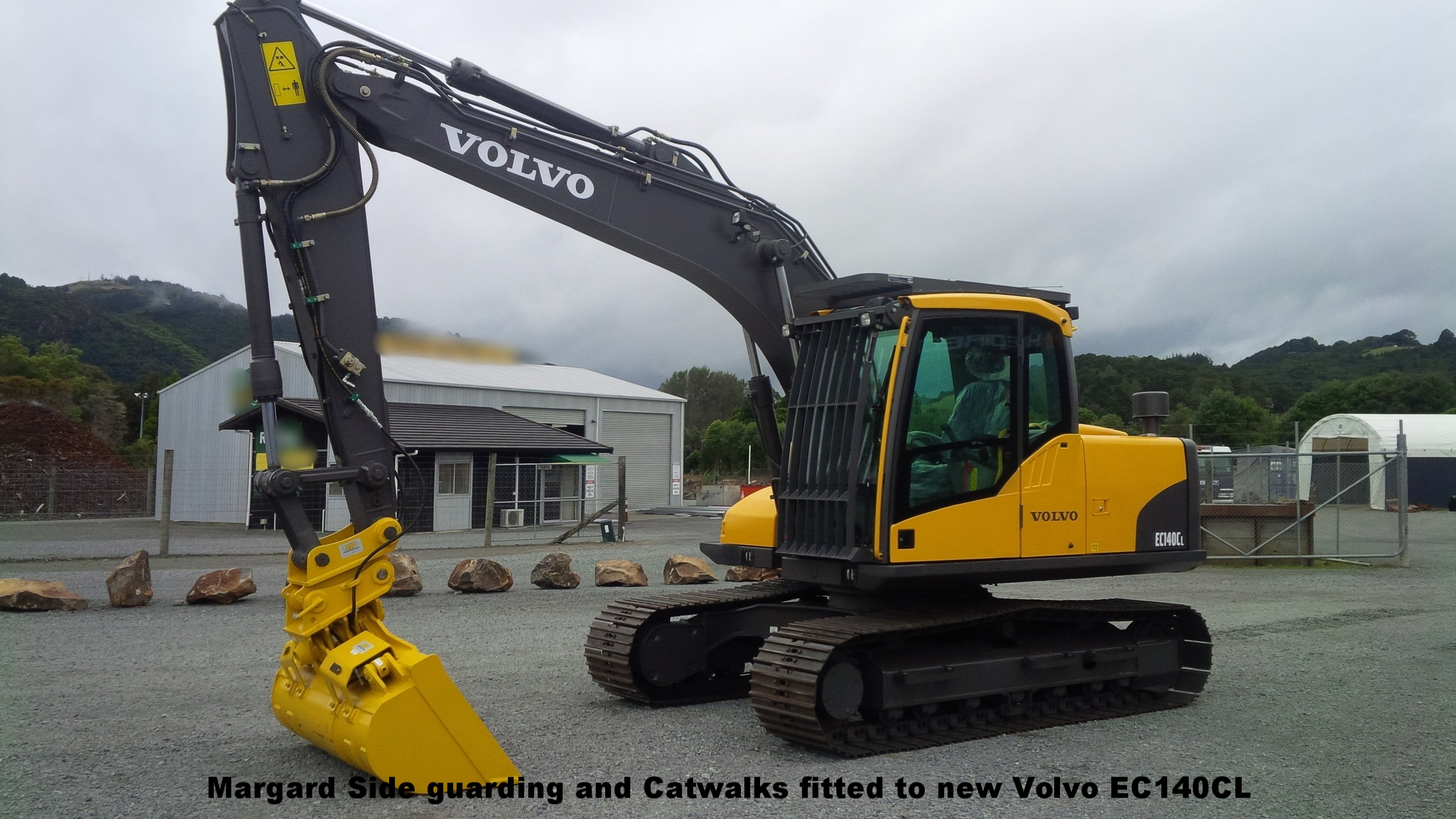 Catwalks, Marguard windows, NSP hitch & tilt bucket - fitted to new Volvo EC140CL