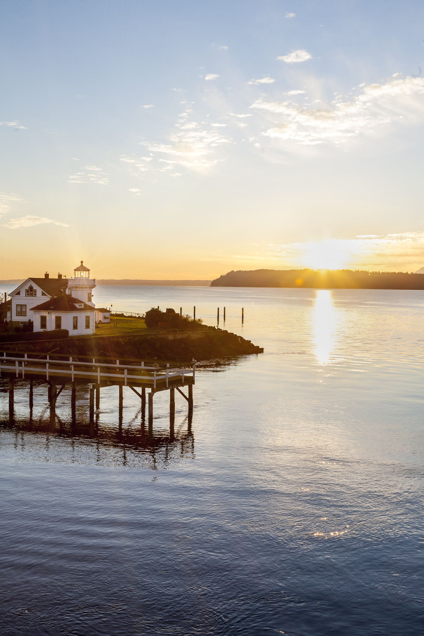 WHIDBEY ISLANDaT A Glance - From beachfront luxury homes, to private forest enclaves, Whidbey Island offers property for every unique way of life.