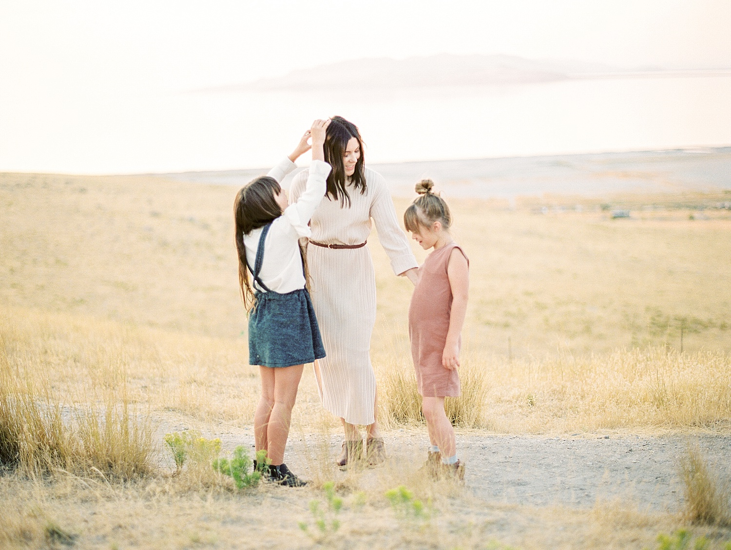 greenapplephotography_0005_utahfamily_magicchildhood.jpg