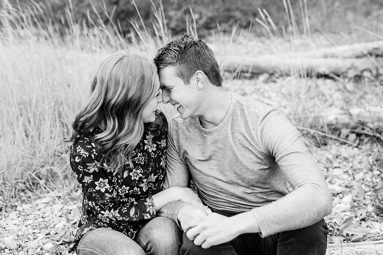greenapplephotography_0029_utahengagement_mountains.jpg