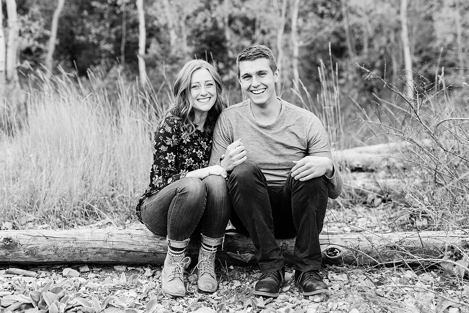 greenapplephotography_0030_utahengagement_mountains.jpg