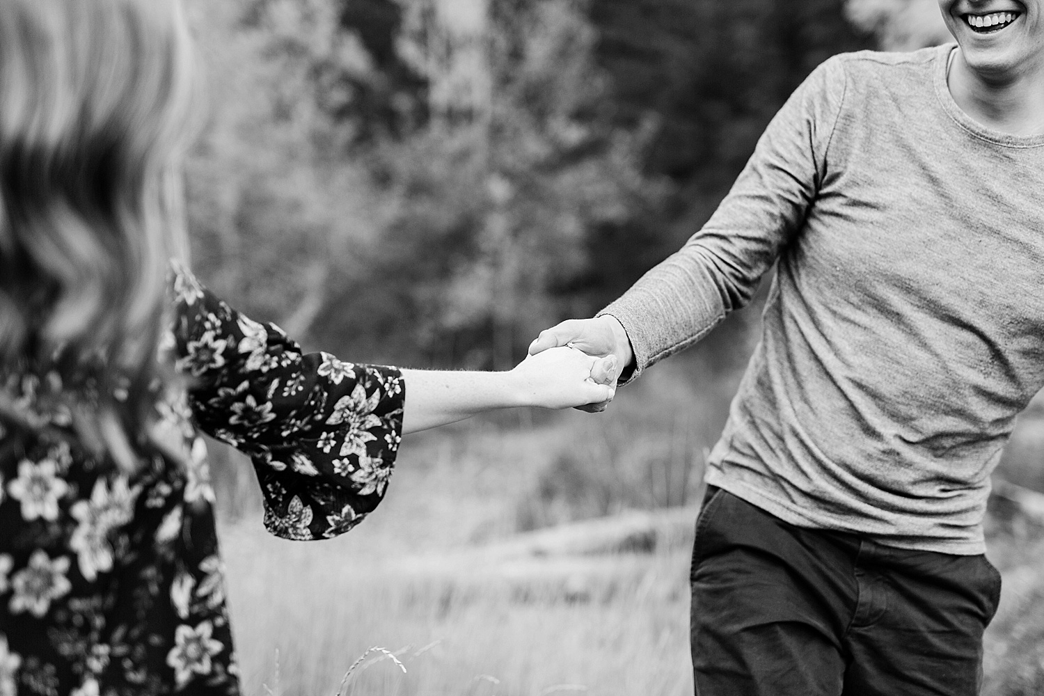 greenapplephotography_0035_utahengagement_mountains.jpg