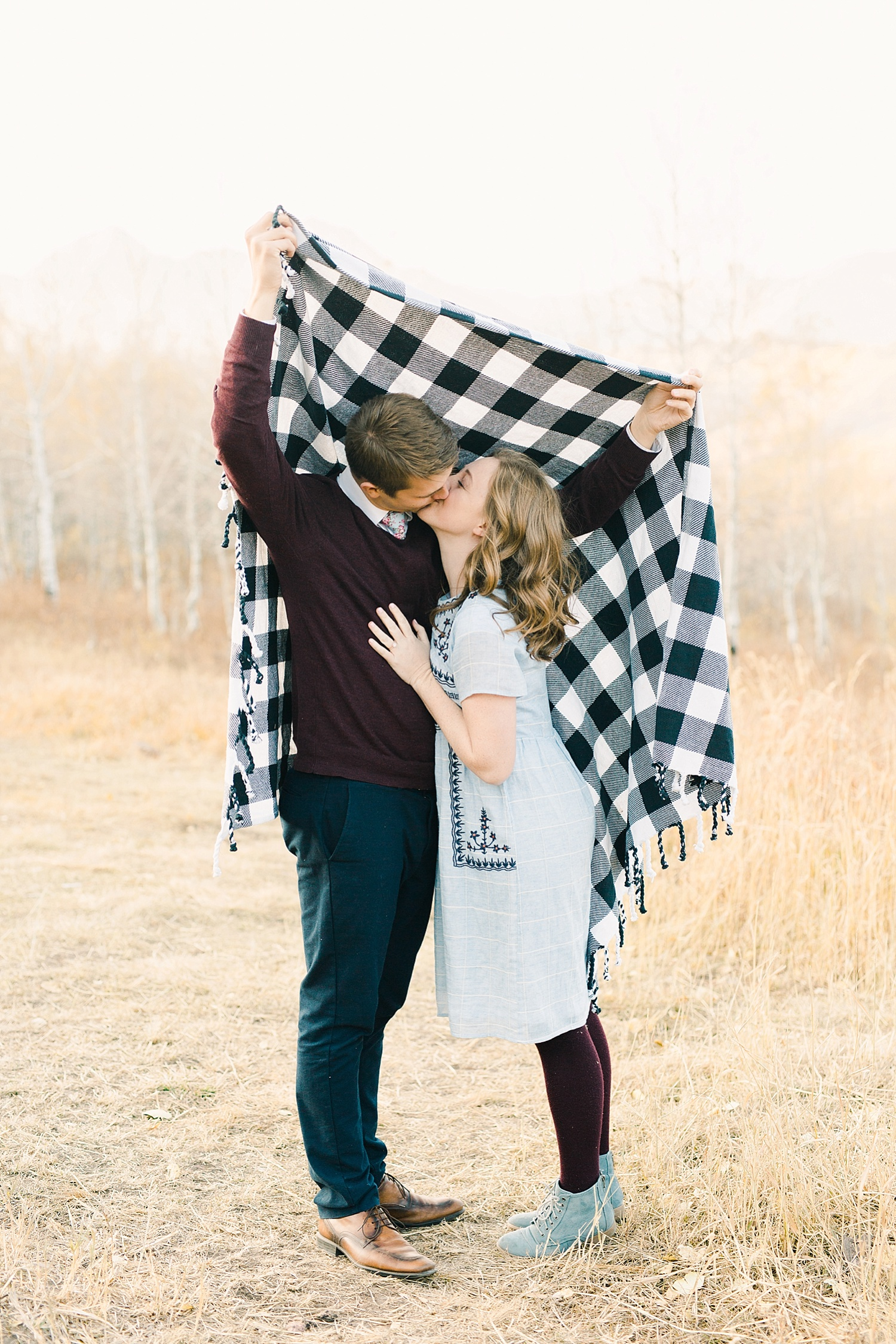 greenapplephotography_0037_utahengagement_mountains.jpg