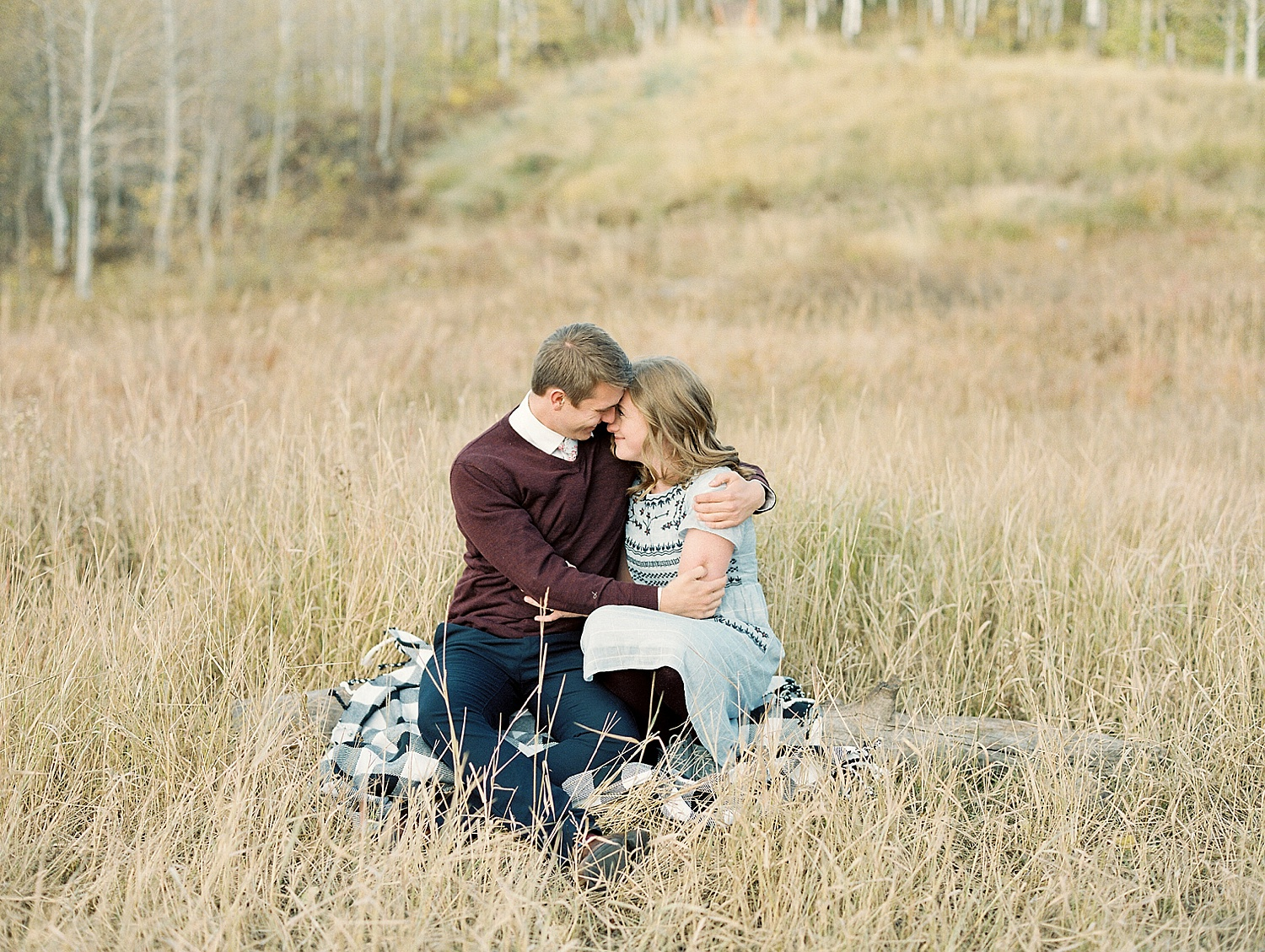 greenapplephotography_0048_utahengagement_mountains.jpg