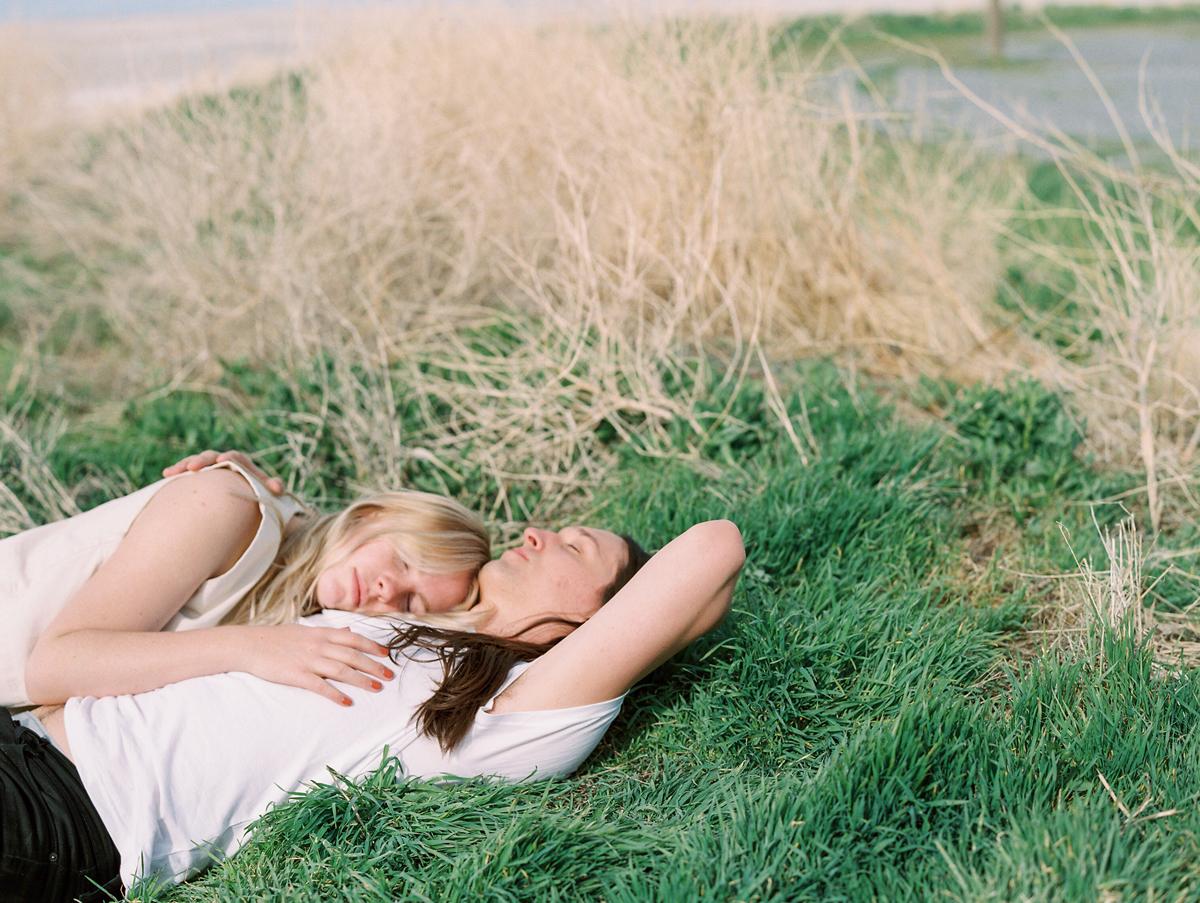 utah-lifestyle-photography-greatsaltlake-0018.jpg