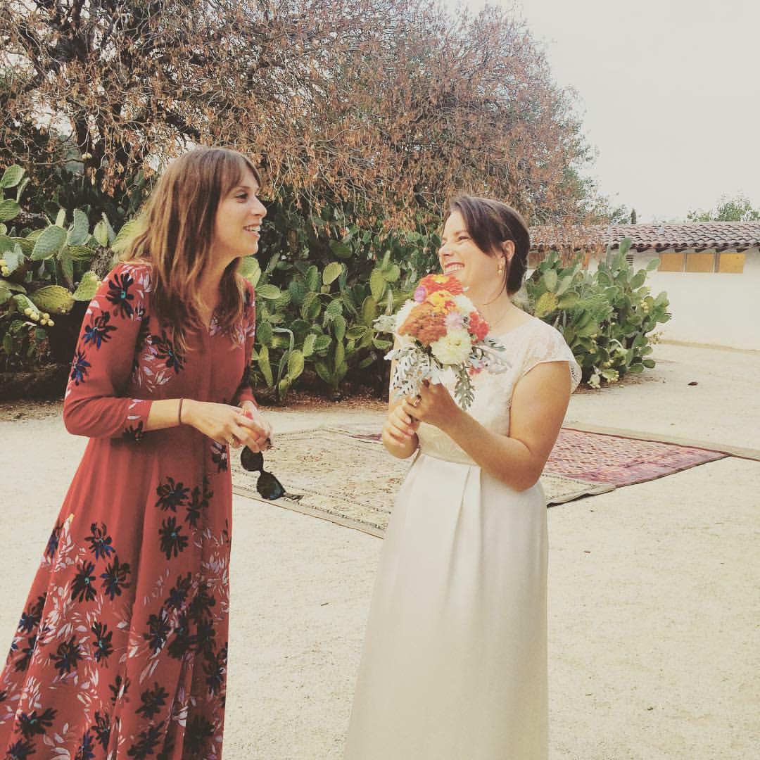 bride sisters.jpg