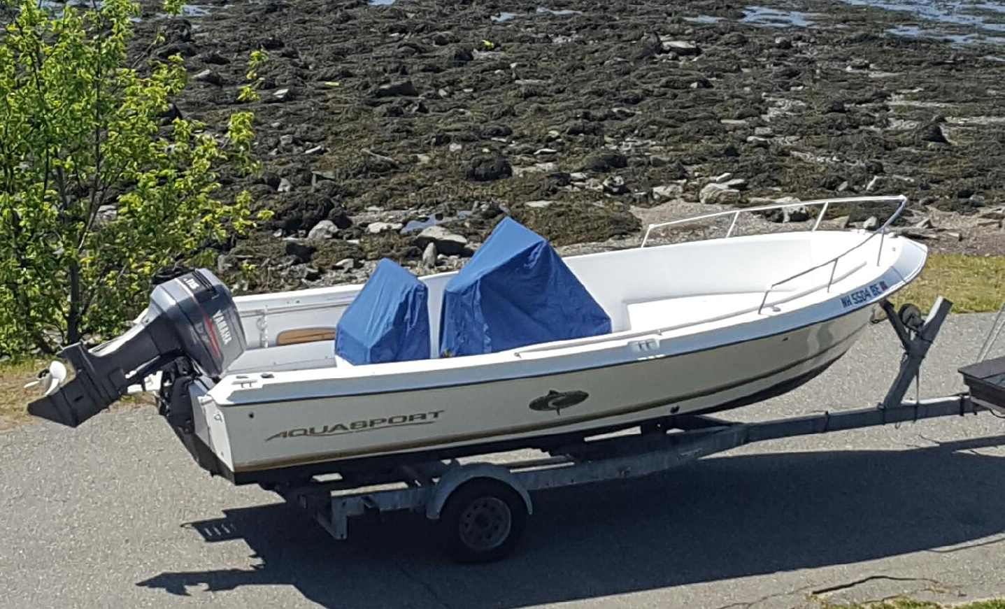 Our Aquasport 200 is the perfect size to get us to the fish both safely and efficiently.