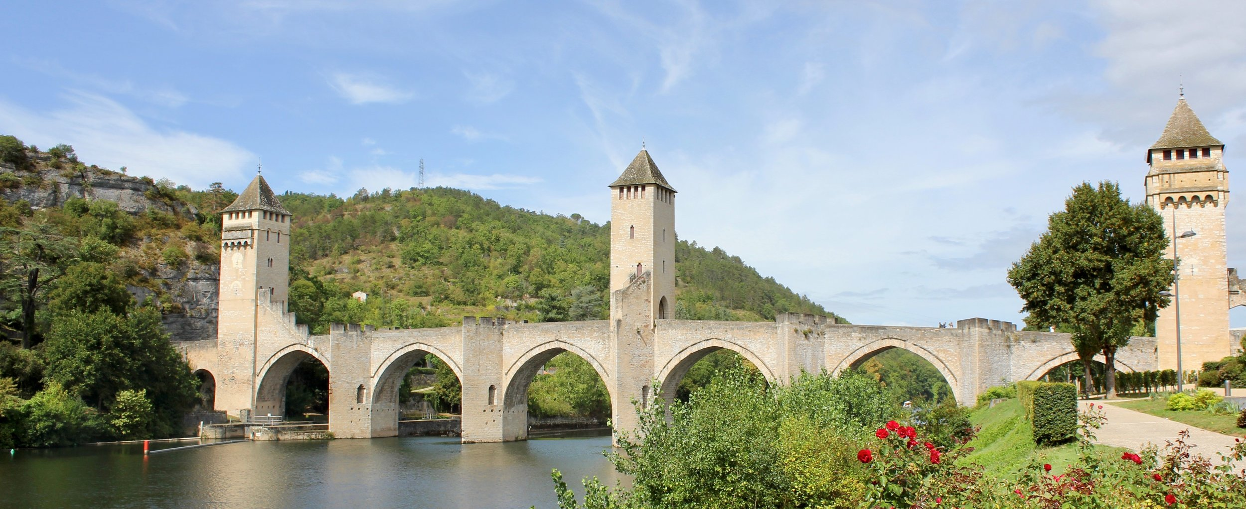 Pont Valentre bridge outside the town of Cahors