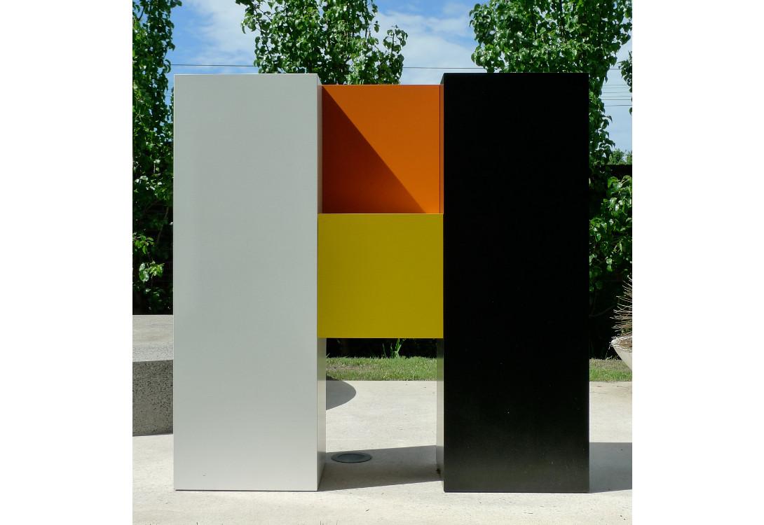 Above:  Emily Floyd, WORKSHOP (detail), 2012, steel, 2-part epoxy paint, ferrador, each letter approx. 150 x 150 x 40cm.