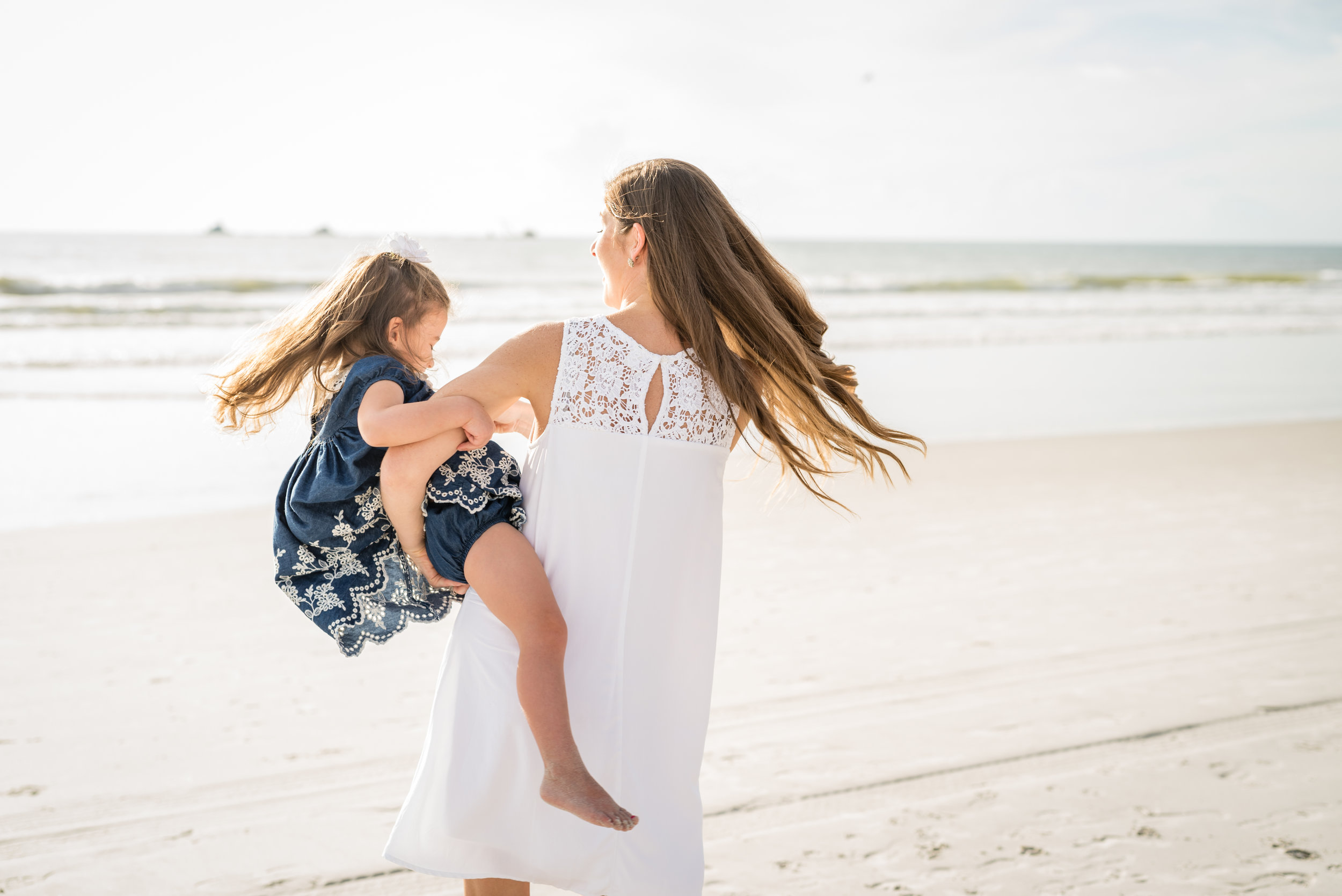 beachfamilyphotos-kristingroverimages.jpg