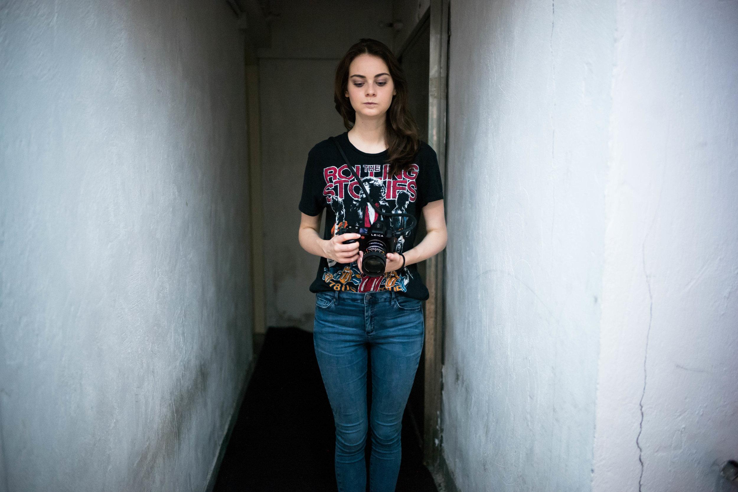 Bonus Image - Anna prepping for a shot. Leica M10 + Visoflex 020 + 28mm f/1.4 Summilux-M ASPH