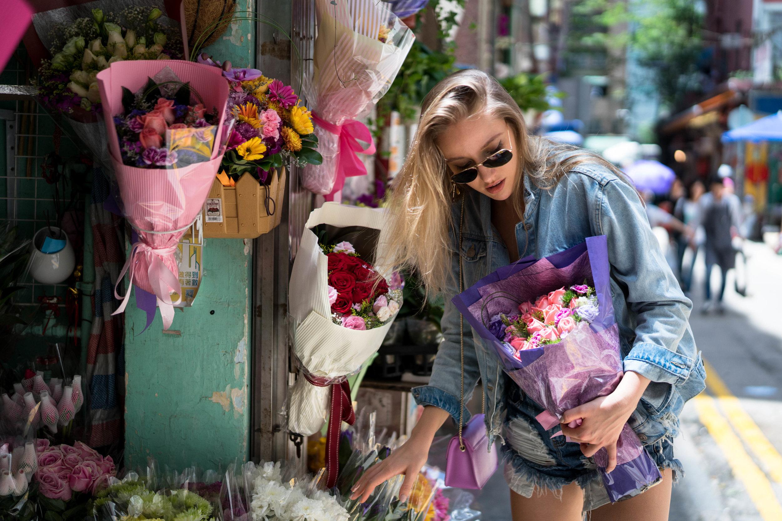 ISO 320, 1/4000s, f/1.4 - Yana having fun at the florist