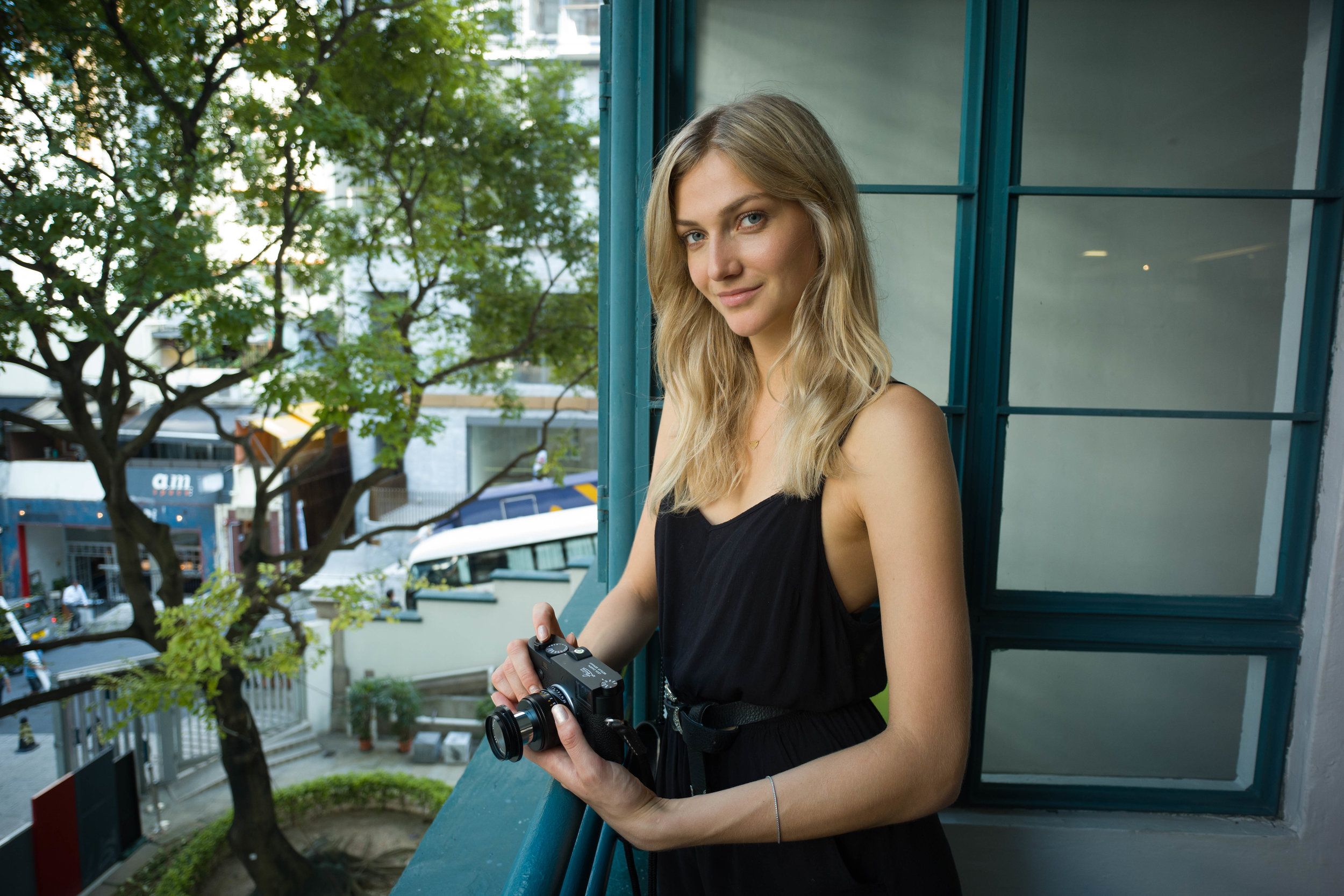 Leica M10 + Leica 50mm f/2.8 Elmar-M - ISO 800, 1/125s, f/4- Similar framing