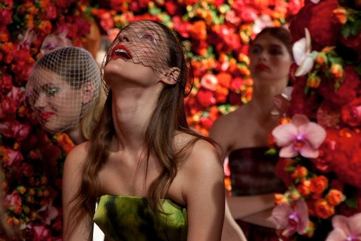 Christian-Dior-Haute-Couture-runway-show-a-million-flowers.jpg