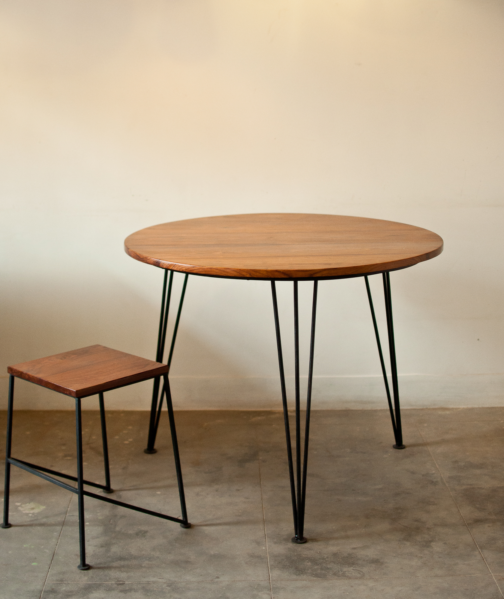 Custom size - Round - Rosewood