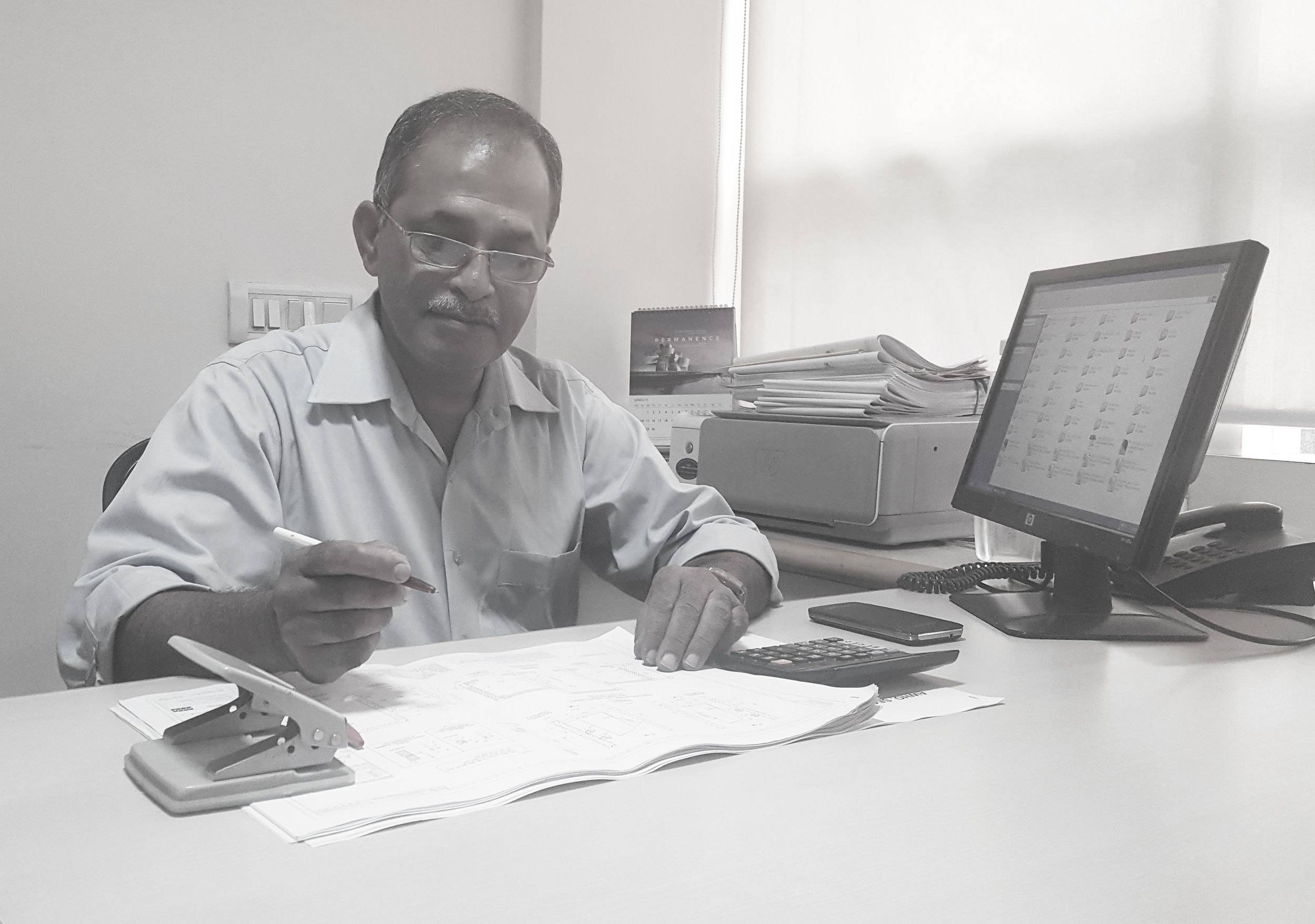 Shirish B. Padhye   Associate  Shirish B. Padhye has 37 years of experience in the field of Architecture. He managed a proprietary Architectural consultancy firm at Nagpur (Maharashtra) from 1984 to 2008 during which he dealt with Housing, Banks & Administrative building projects. He also offered techno-legal consultancy to All India Consumer Redressal Forum.  Mr. Padhye has been associated with NUPC since 2008. Here he is responsible for project coordination encompassing every phase of building construction viz. preparation of tender & contract documents, site coordination, statutory co-ordination, engineering coordination for group housing projects.  He deals with day to day queries from clients, NUPC staff at site & contractor's staff. He also visits sites periodically to oversee their management and for verification of work done and is currently handling DGMAP, AWHO and police housing projects.