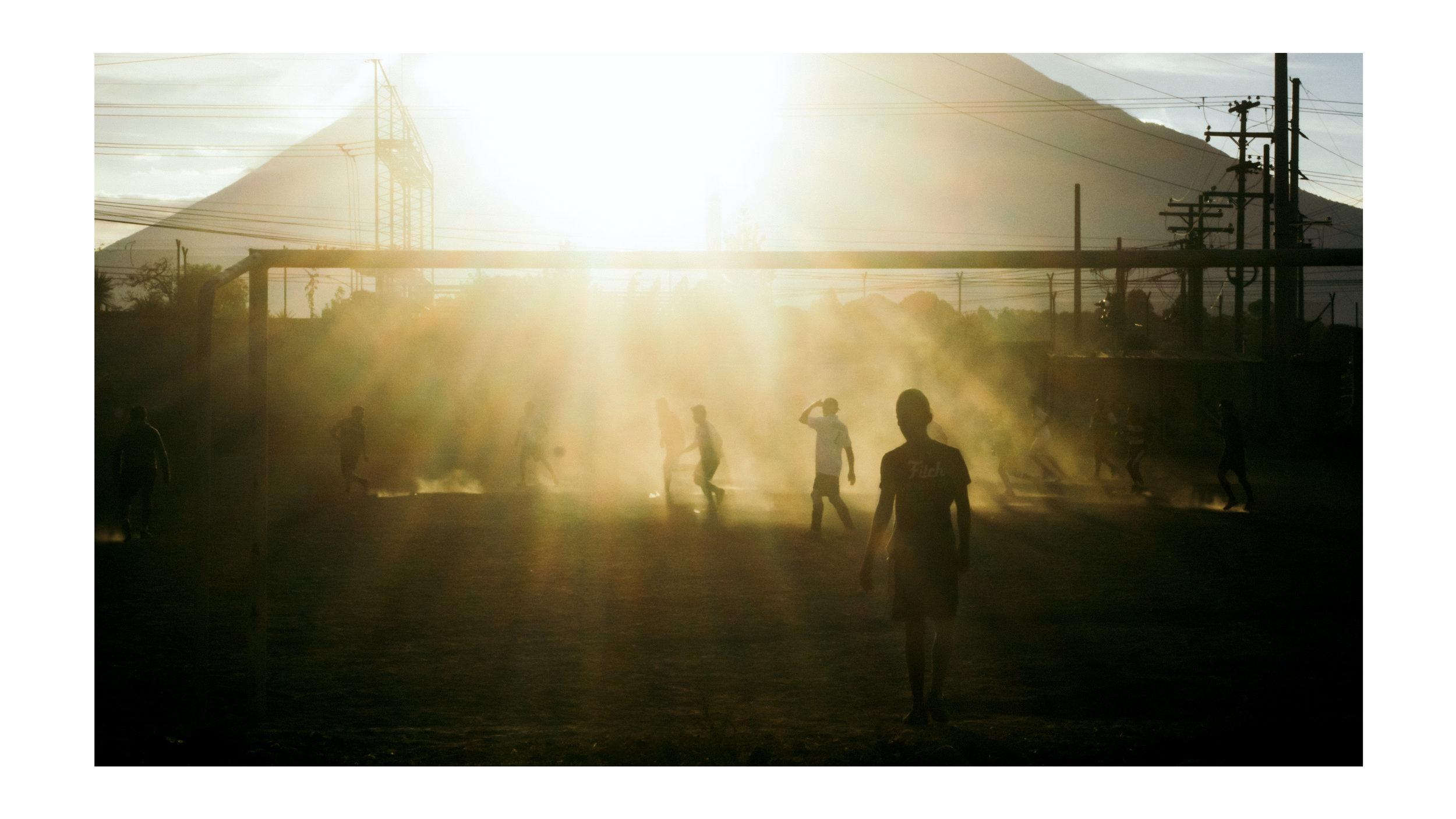 Dusty  futbol  match, magic hour is magic