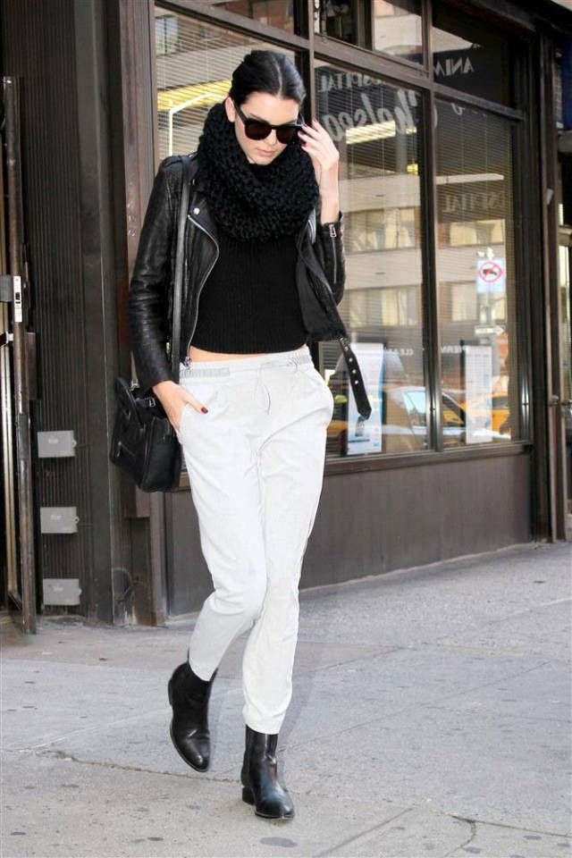 8001737ebbb532eb3c90150e45b33e89--sweatpants-style-celebrity-nails.jpg