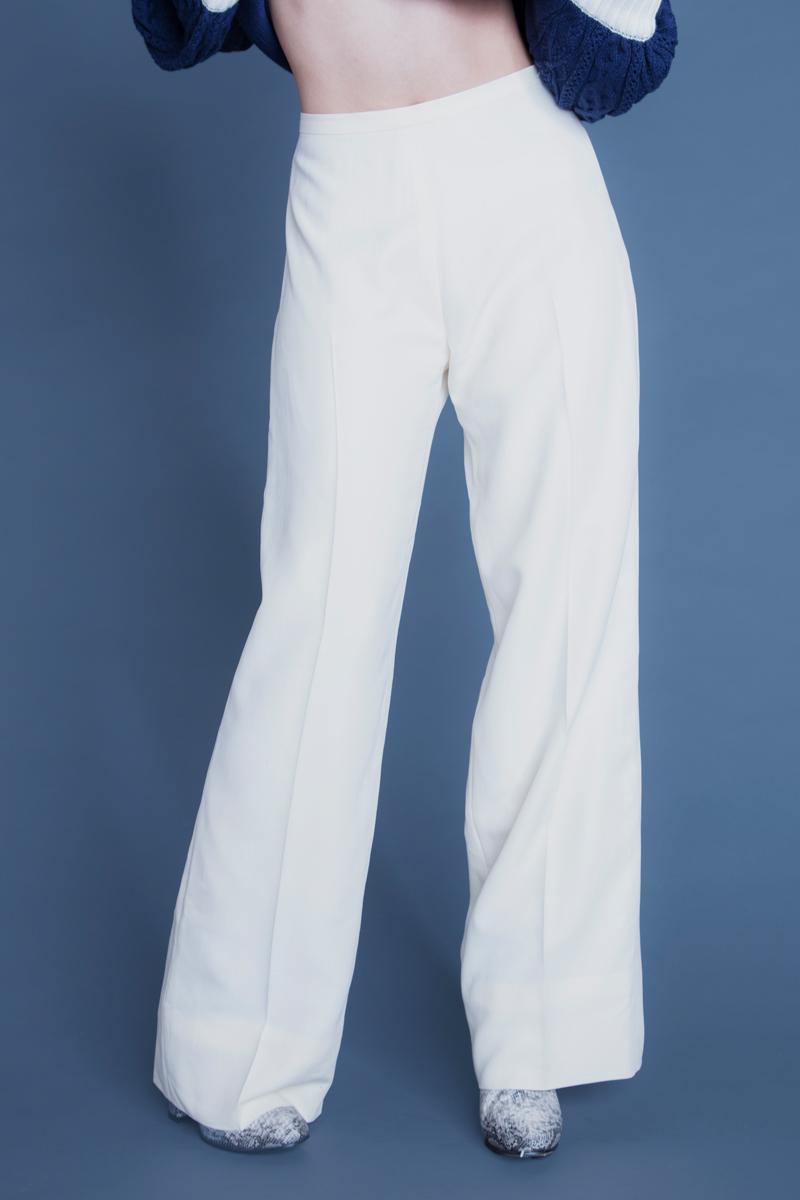 サテンワイドパンツ ホワイト/¥19,000-(税抜)