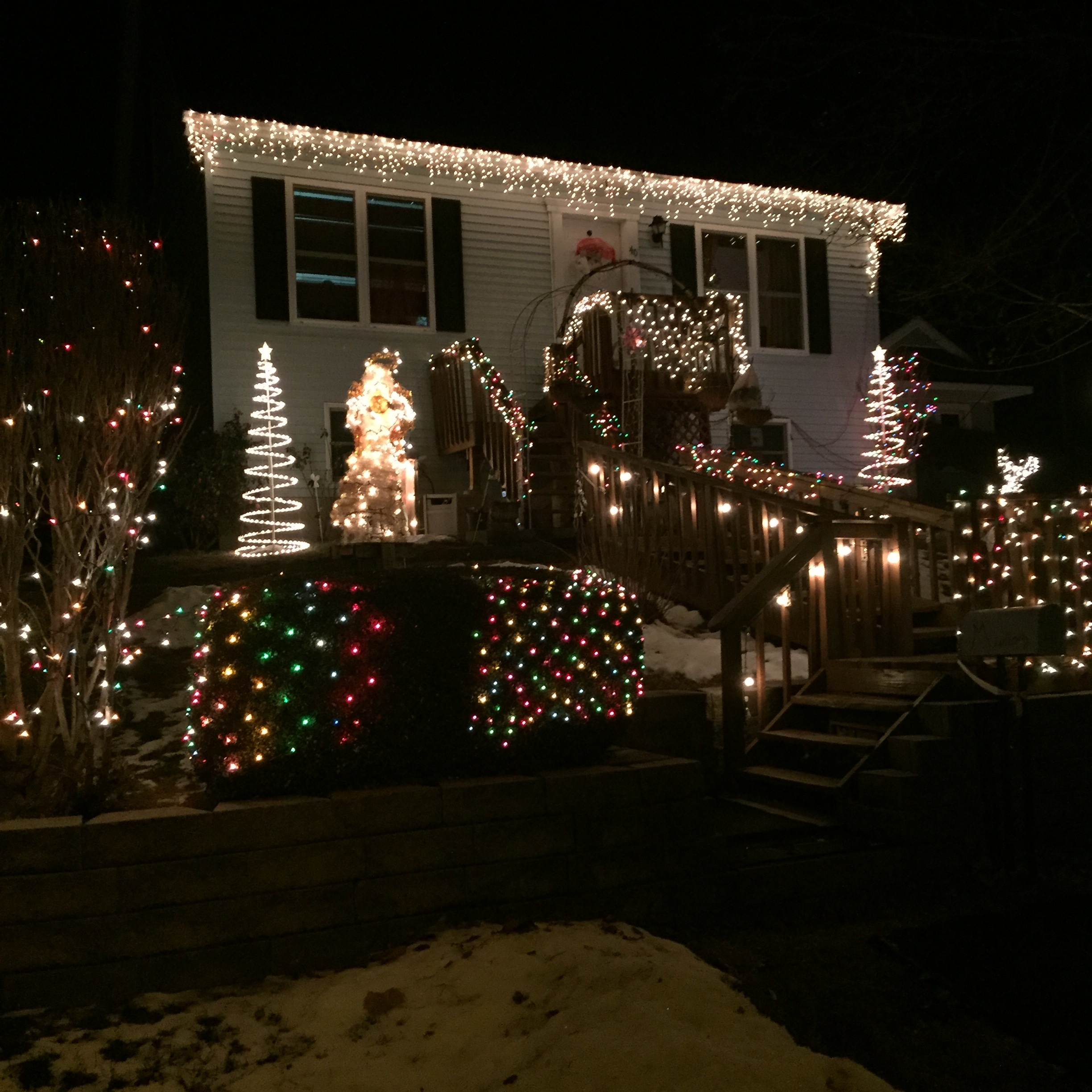 Christmas Lights On Houses.Christmas Lights On Houses In Beacon 2017 A Little