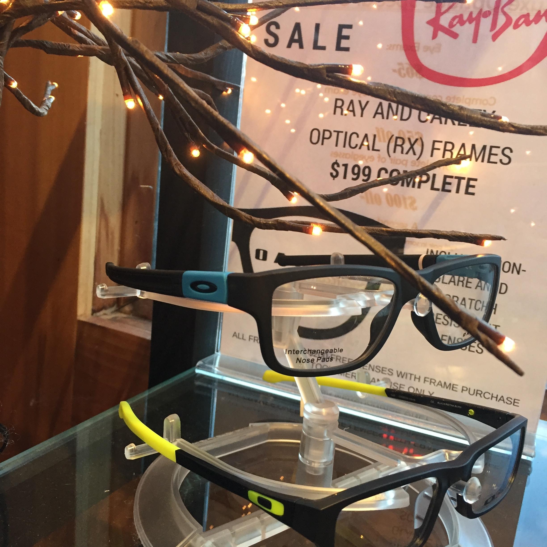 luxe optique oakley sale.jpg