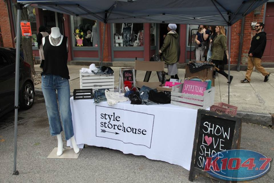 Style Storehouse was an official vendor in the thick of it, outside of their shop. All storefronts were permitted to have tables on the sidewalk at no cost to them. Photo Credit: Digital Weddings