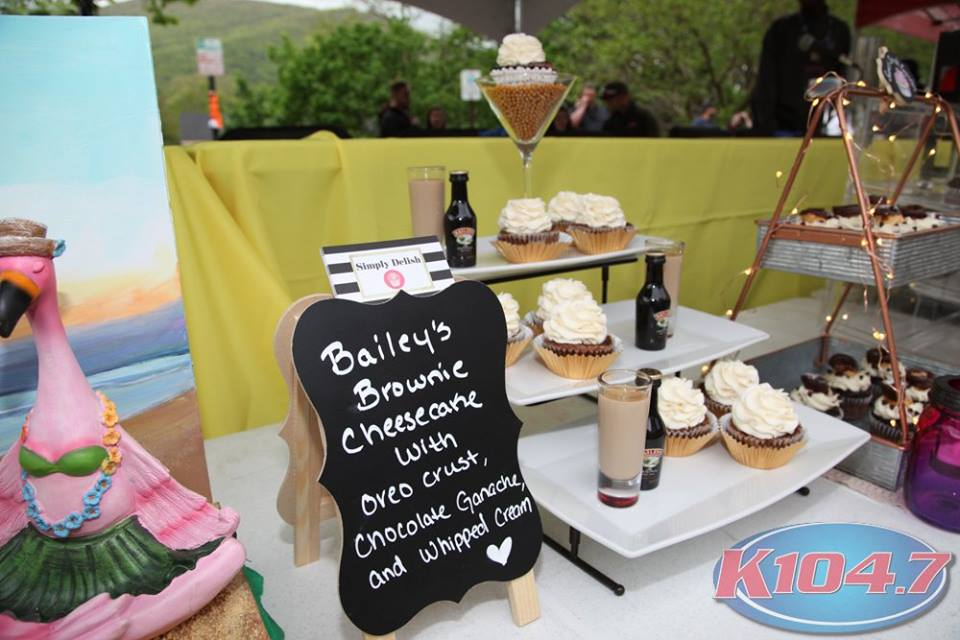 The People's Choice Award went to Melissa Torres for her complex Bailey's Brownie Cheesecake Cupcake. Photo Credit: Digital Weddings