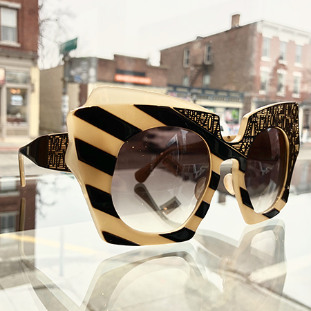 Luxe_lafont-thirty_450.jpg