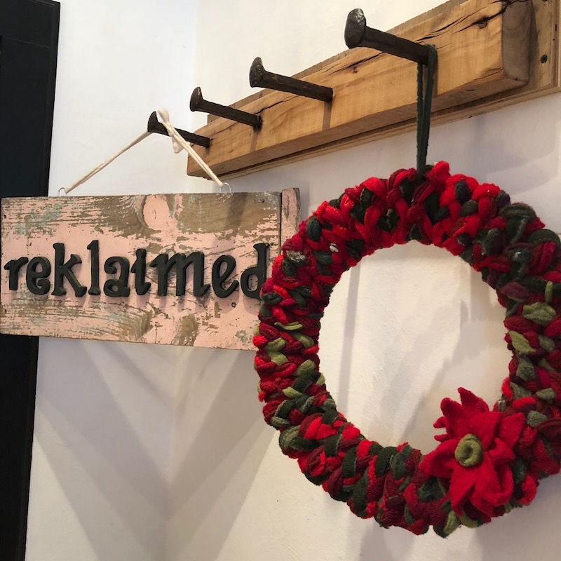 popup shop reklaimed wreath 800.jpg