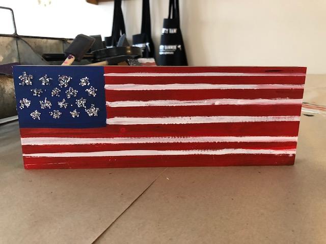 board flag glitter.jpg