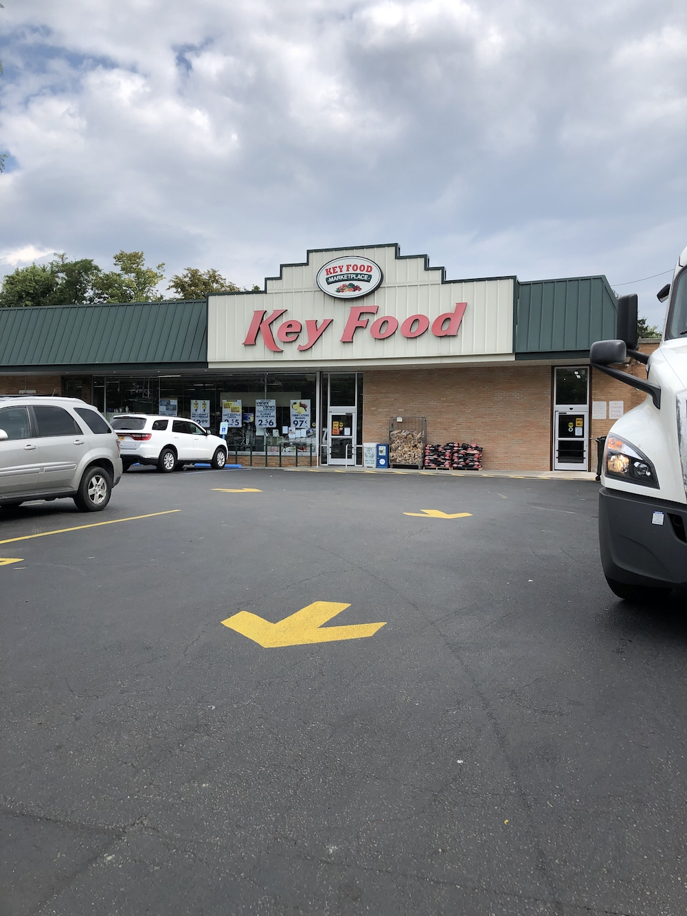 Key food parking lot-2.jpg