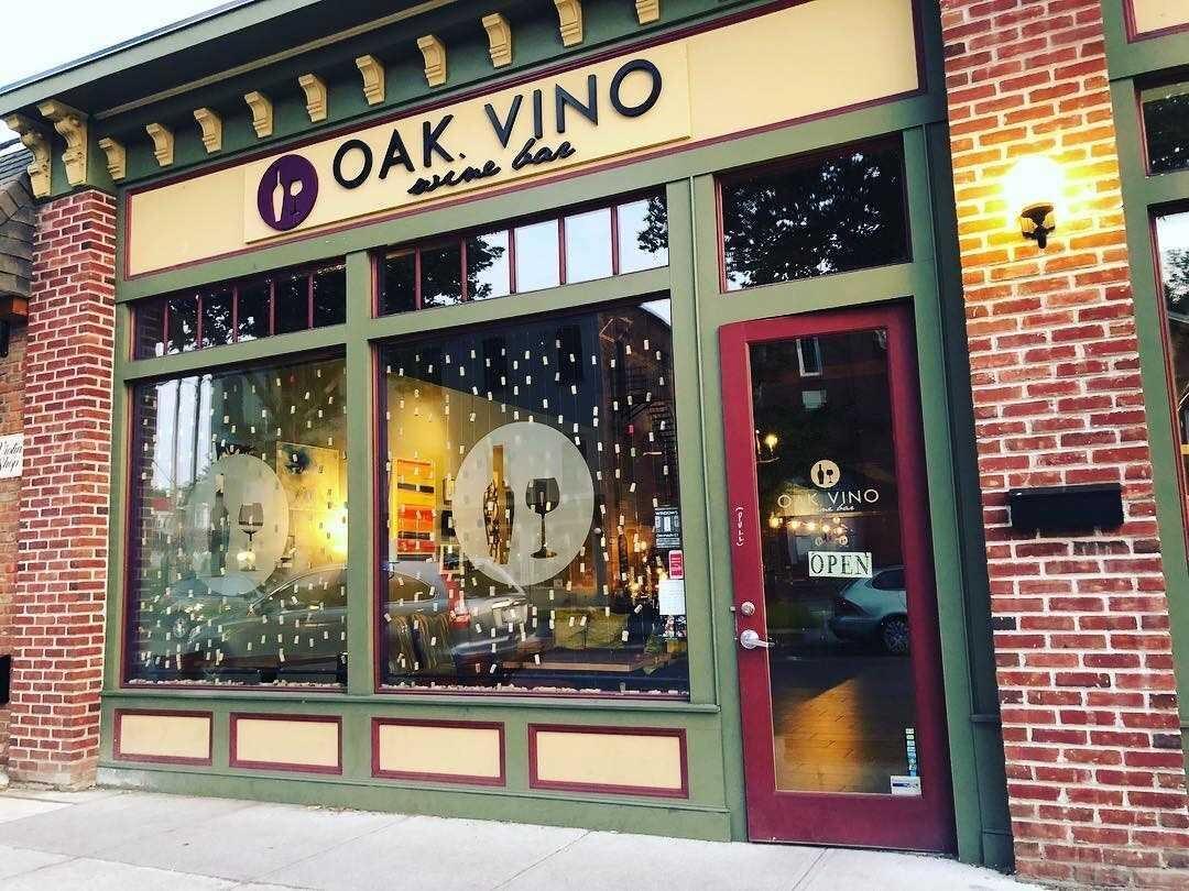 OakVino1.jpeg