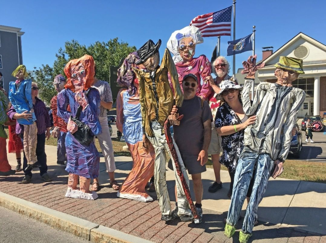 Art sculptures by Marion Royale Gallery at the Spirit of Beacon Parade 2019 - photo by  @spiritofbeaconday