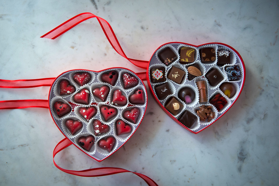 Heart boxes for Valentine's Day! Choose any flavour you like, mix and match.
