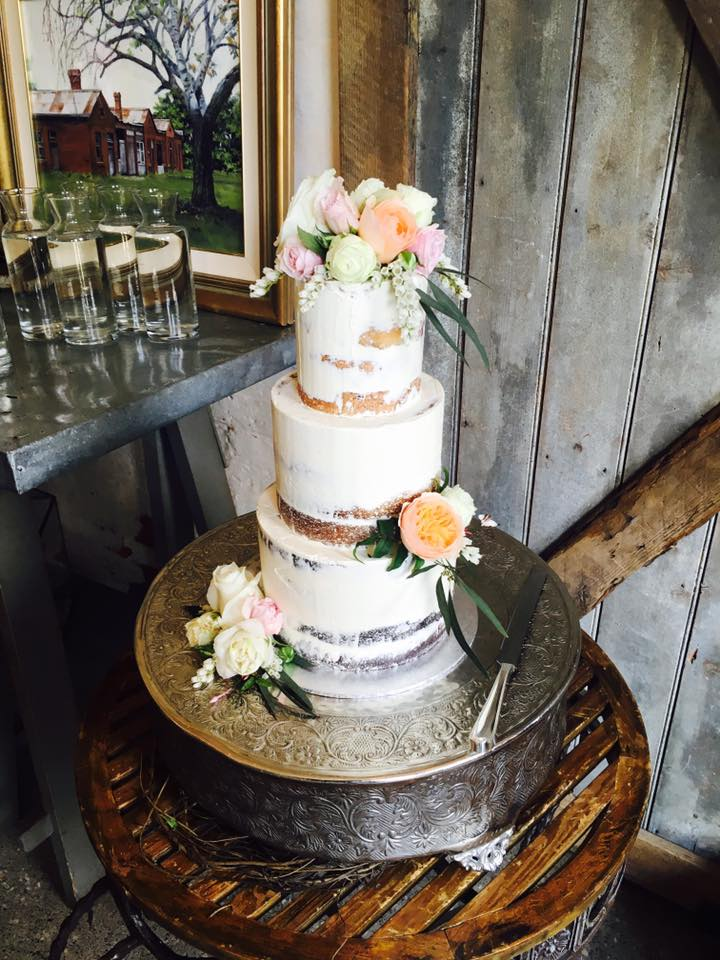 Valley Loves Renate Elise Designer Cakes 1
