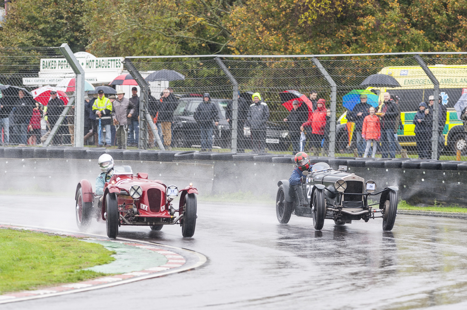 Gillies in the Aston takes the inside line from Waterfield in the Frazer Nash, taking 1st and 2nd places respectively:  Peter McFadyen