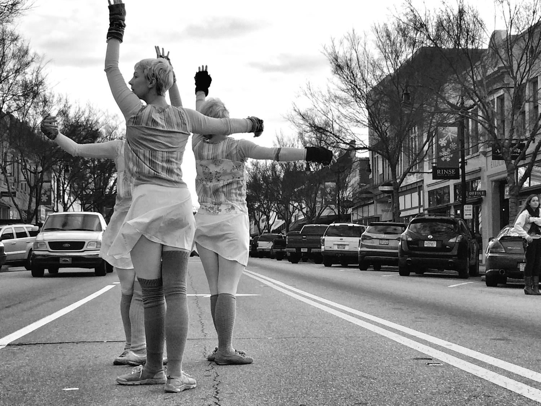 GLO Atlanta traveling performance on Broad Street
