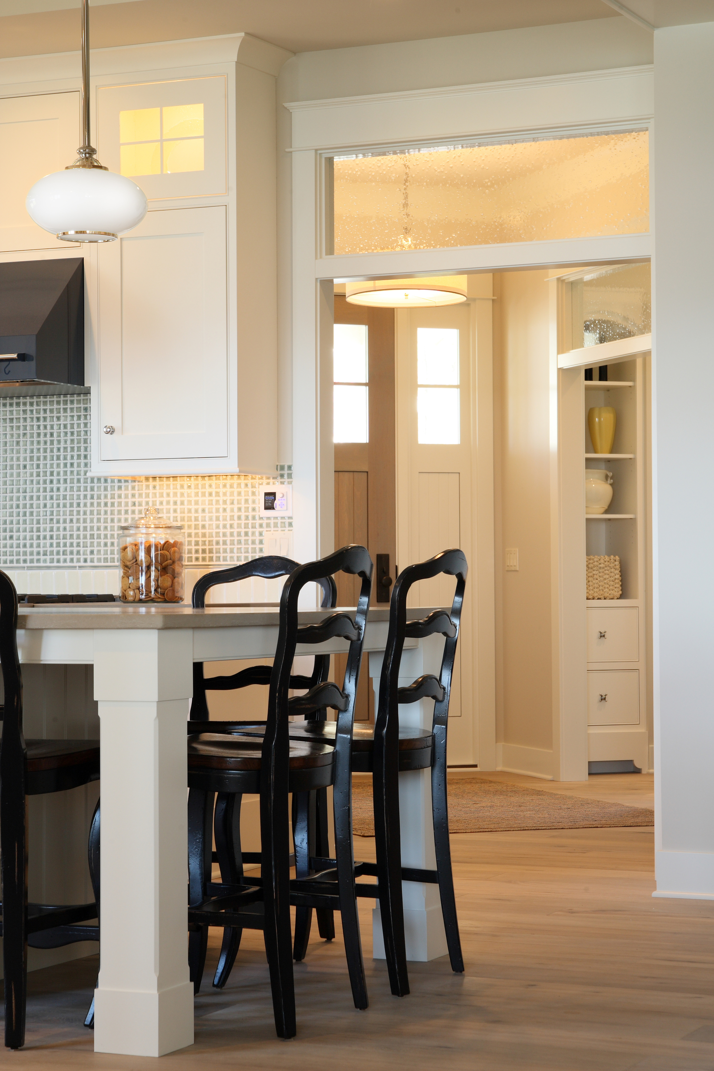 Design Home 1025.jpg