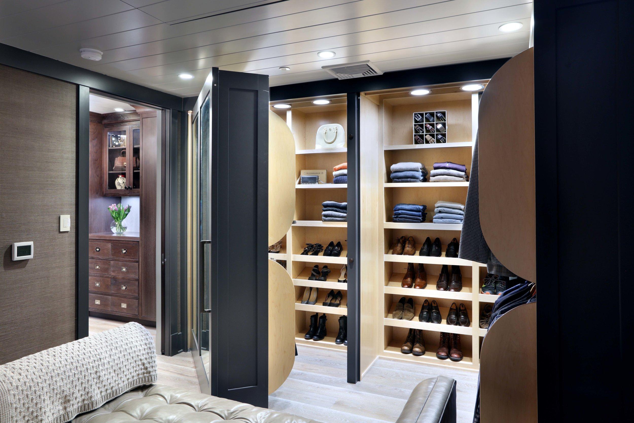 Vision-Interiors-Visbeen-Showroom-Grand-Rapids-Master-Residence-Closet.jpg