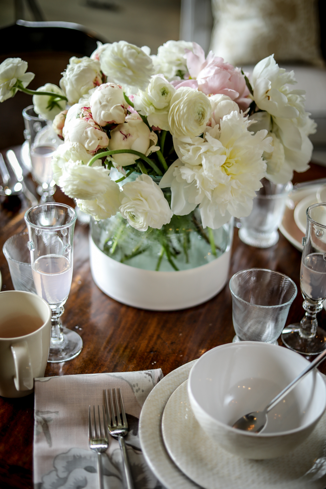 Brunch-Tablescape-White-Pink-Peonies-Rosé-Coffee.jpg