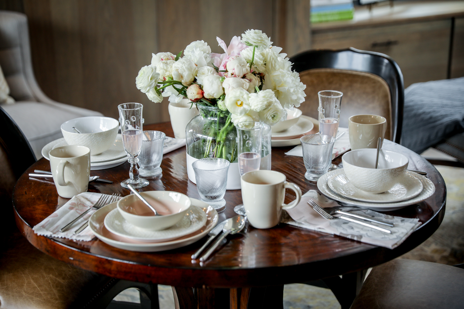 Brunch-Tablescape-White-Pink-Peonies-Rosé-Cheers.jpg