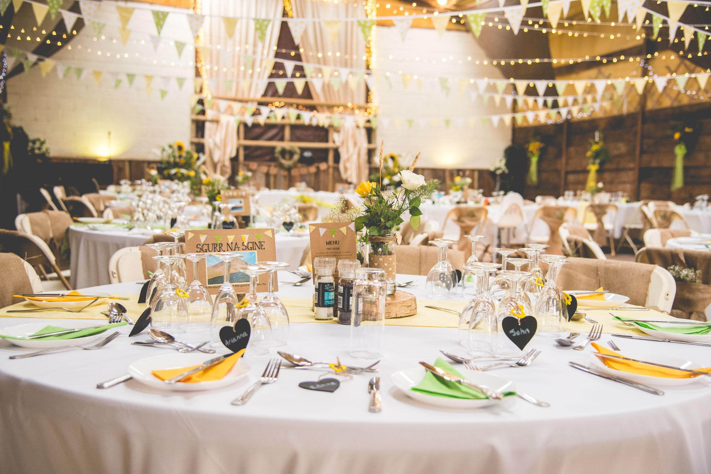 Peak+district+farm+wedding+lower+damgate+photographer-16.jpg
