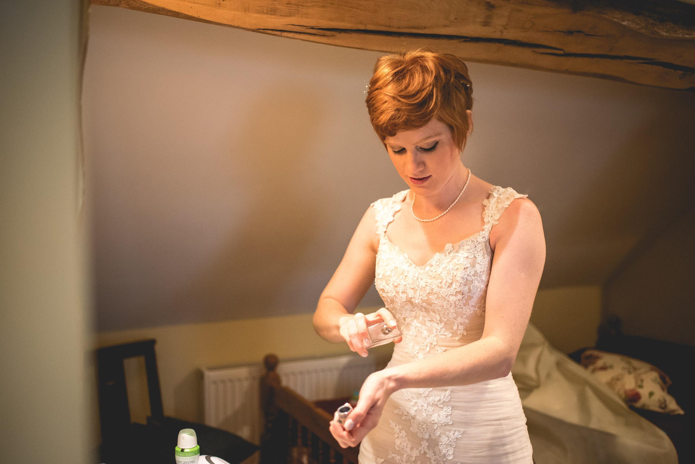 Peak+district+farm+wedding+lower+damgate+photographer-64.jpg