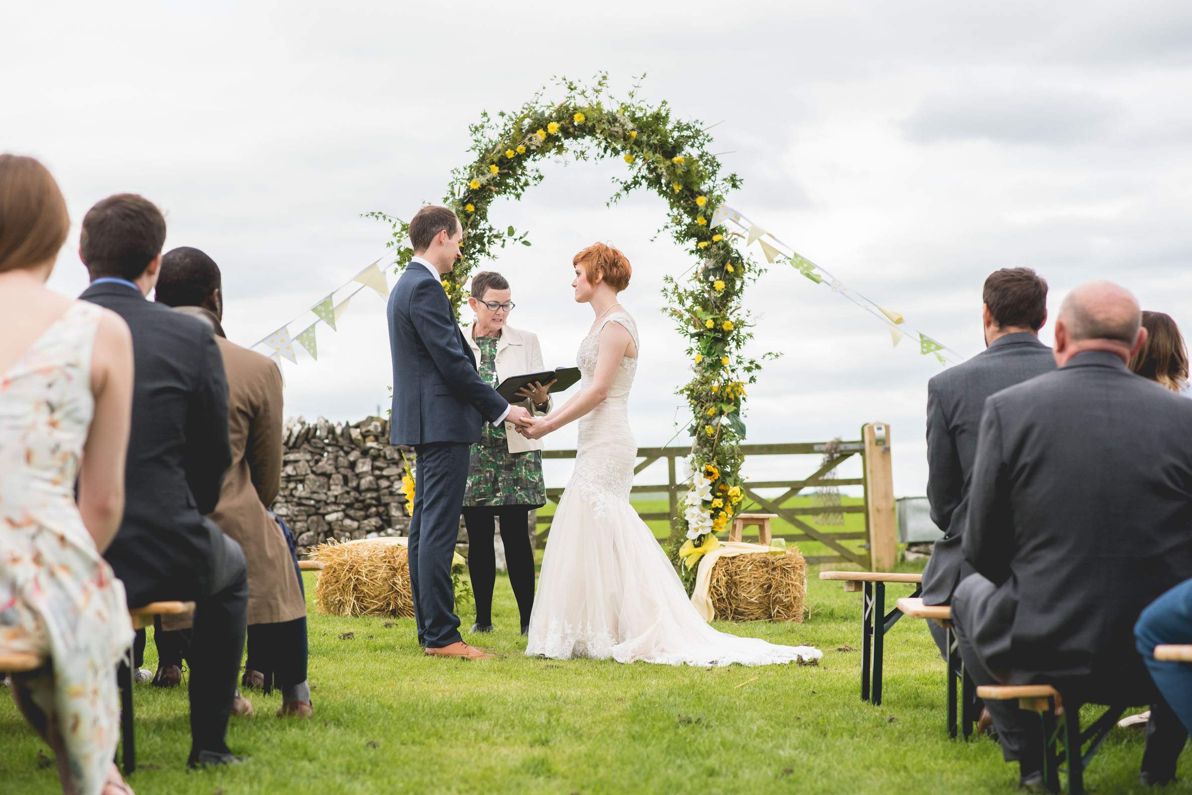 Peak+district+farm+wedding+lower+damgate+photographer-124.jpg