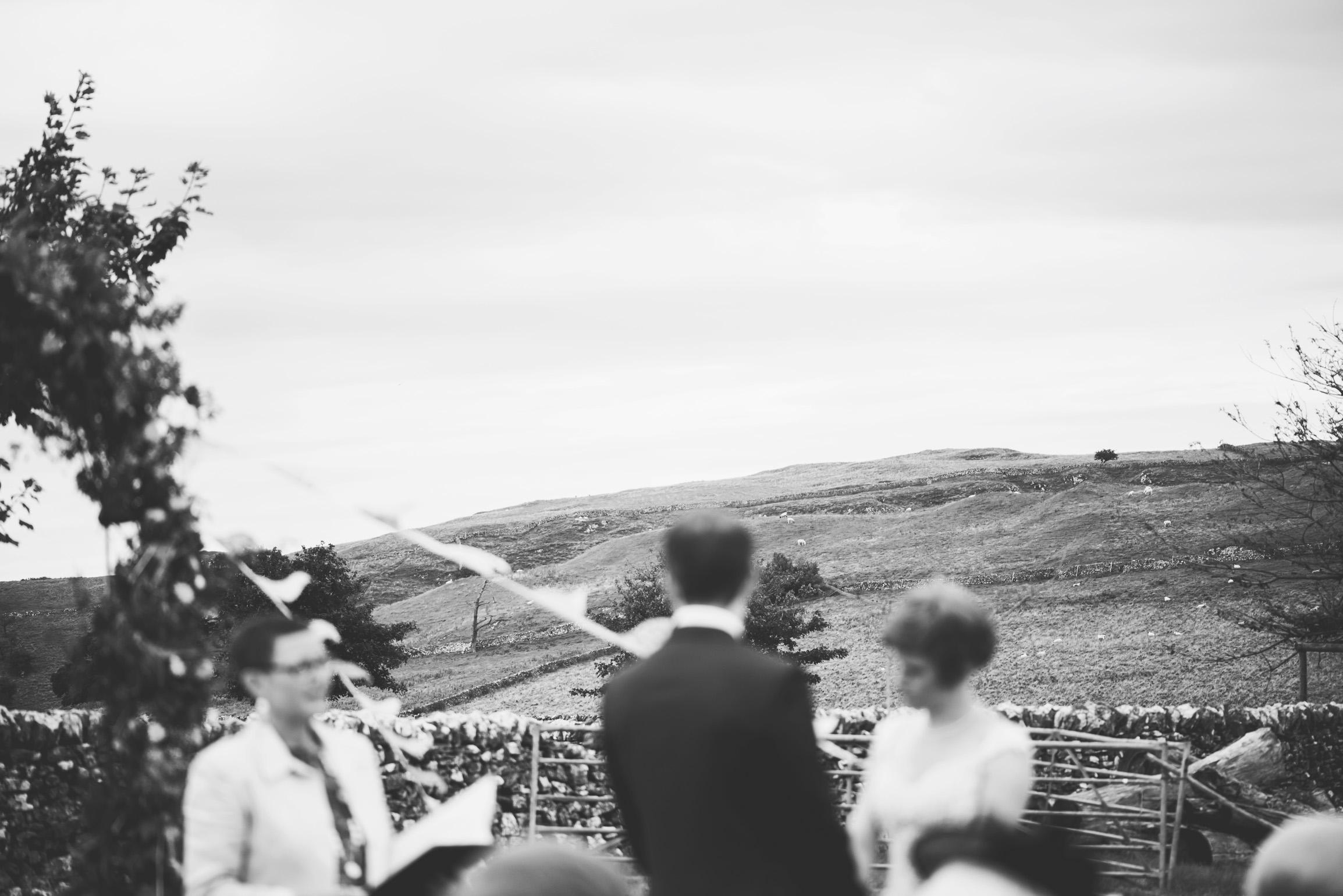 Peak+district+farm+wedding+lower+damgate+photographer-130.jpg
